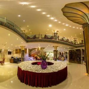 تالار و رستوران بینالمللی قصر هدیش - لابی